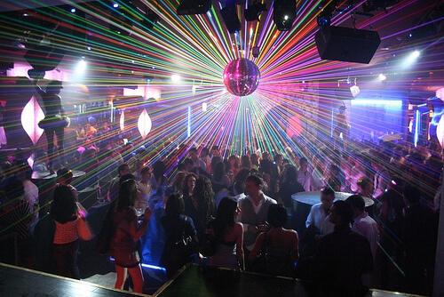 abrir una discoteca