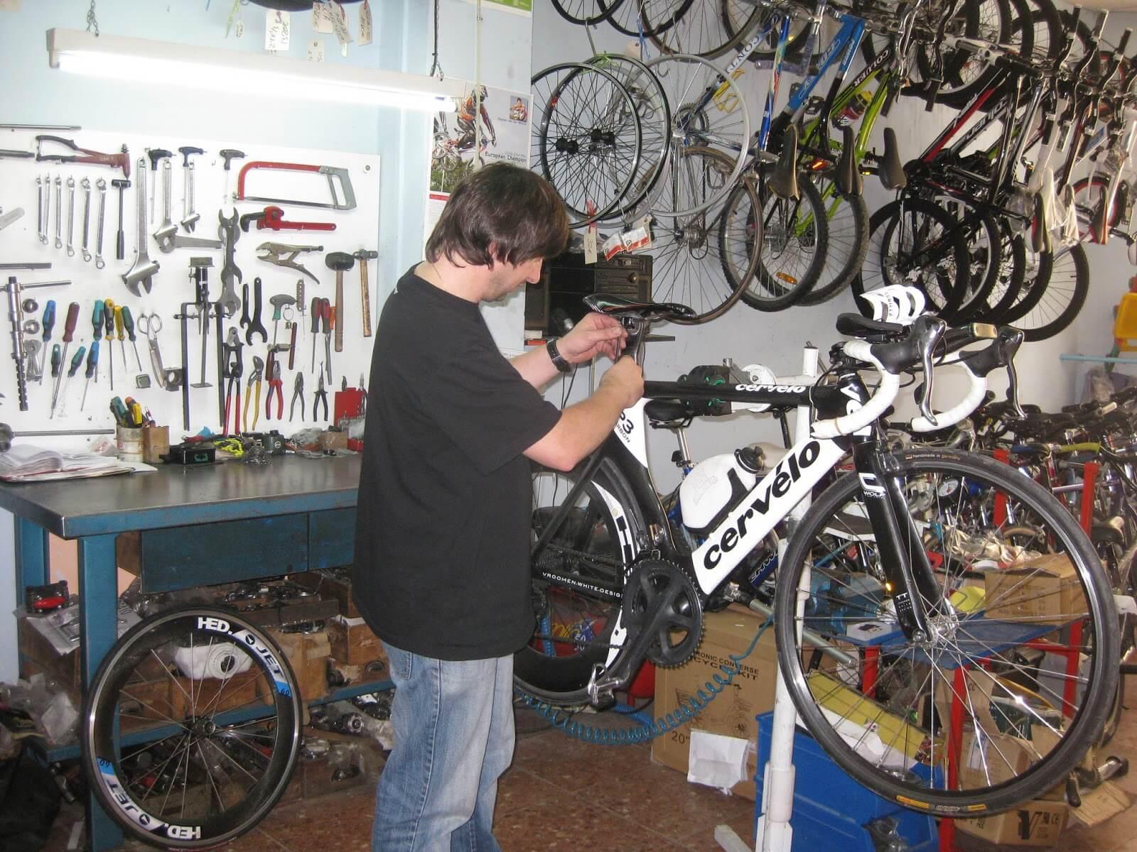 Abrir un taller de reparación de bicicletas - Ideas rentables en casa