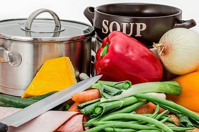 emprender un negocio de clases de cocina para niños