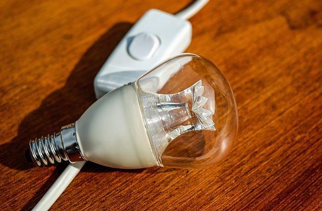 negocio de insumos eléctricos