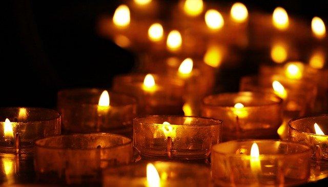 Ventajas de tener una Tienda de velas y aceites
