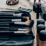 Elaboración y venta de paquetes de accesorios y productos de belleza
