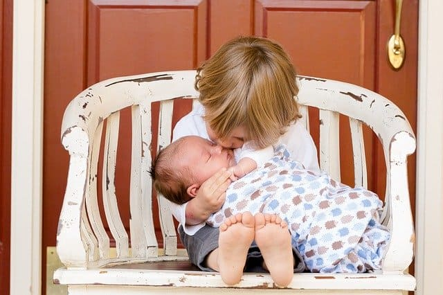 Requisitos para iniciar una Tienda ropa de usada para bebés