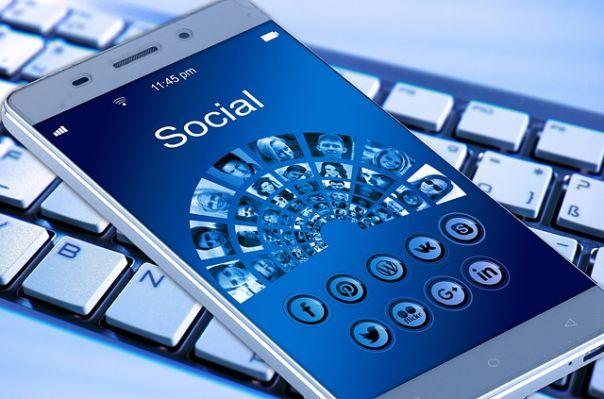 Cómo vender ropa por las redes sociales