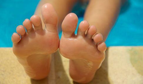 Montar un negocio de Pedicure con Peces - masajes terapéuticos