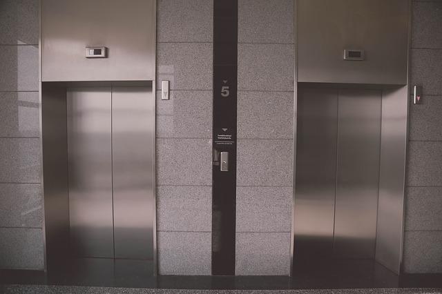 Consejos para montar una fábrica de ascensores