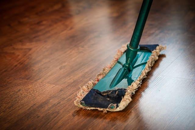 Primeros pasos de servicio de limpieza para autos a domicilio