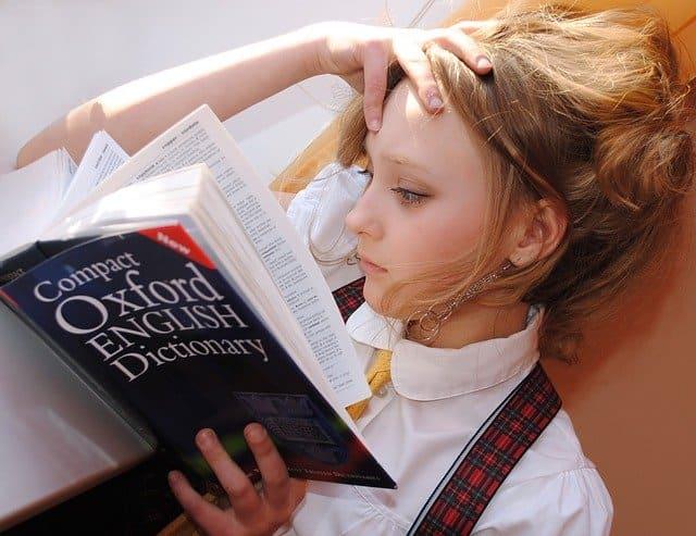 Ventajas de tener un libro de curso de inglés