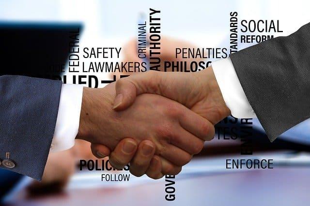normas para iniciar negocio en ecuador